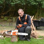 12 Easy Ways To Use A Chainsaw – Beginner's Guide