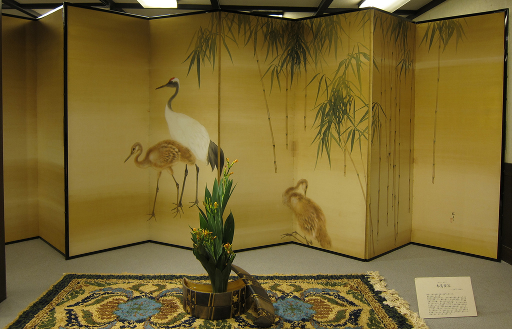 diy room divider ideas Japanese folding screens 2