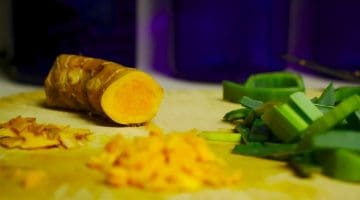 12 Easy Ways To Add Turmeric To Your Diet