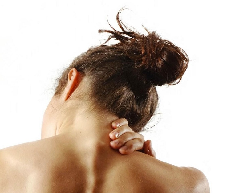 easy ways to avoid neck and back pain