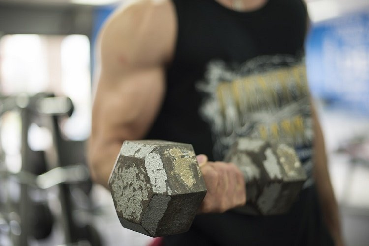 easy ways to build bigger biceps