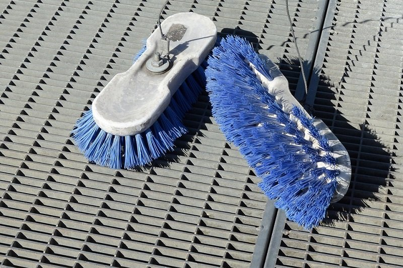 heavy-duty-mold-cleaning-brushes-and-tools
