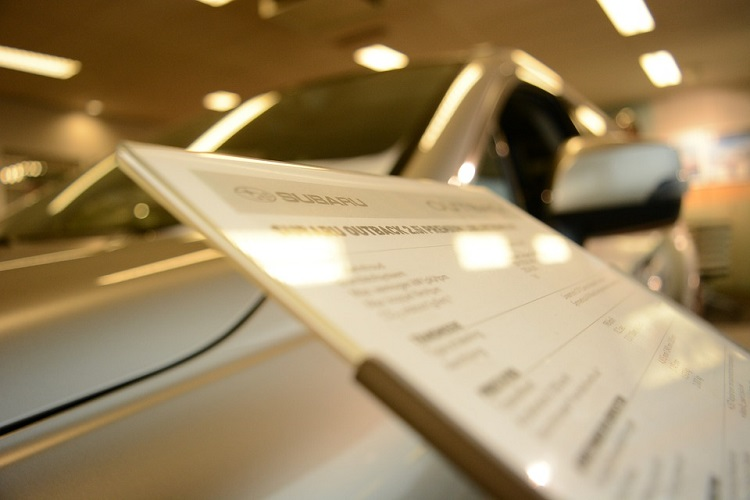 how to negotiate car price for used cars at dealers
