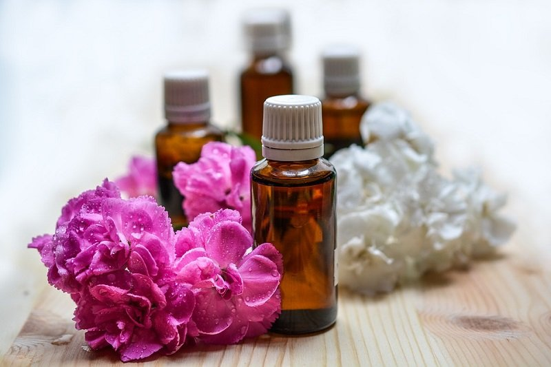 aromatherapy essential oil bottles