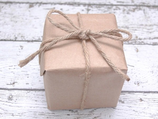 how to wrap a gift in old brown paper bag