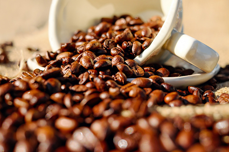 Measure and grind the espresso beans