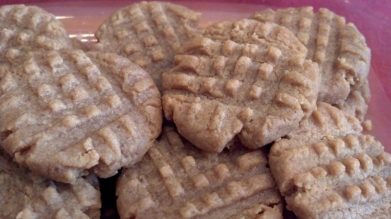 peanut butter cookies for breakfast