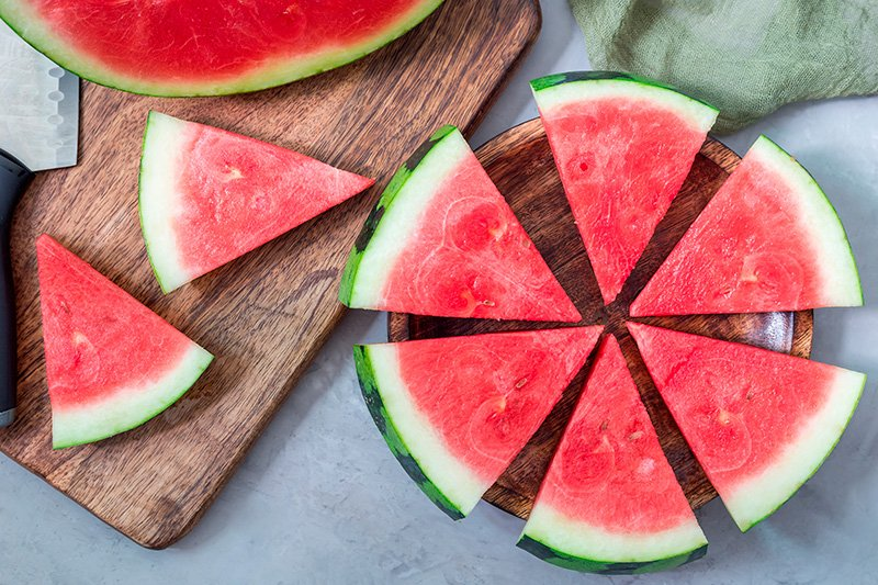 Watermelon triangles in a circle
