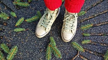 14 Easy Ways to Get Rid of Smelly Feet and Stinky Shoes
