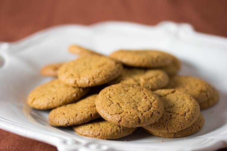 ways to use leftover ginger snaps