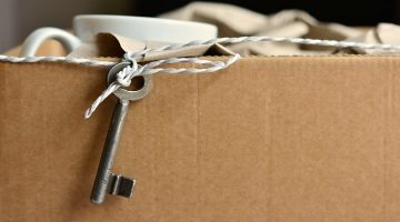 what to pack first when moving houses